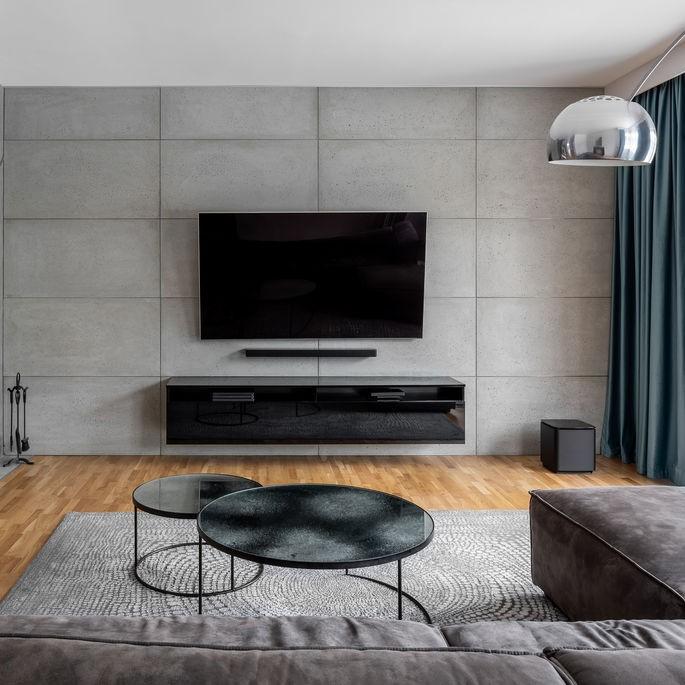 tv mount on wall